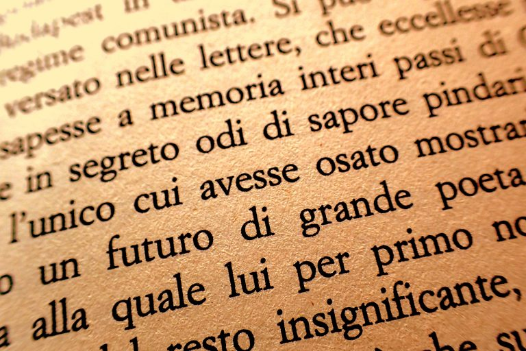 "Fragment książki ""Il tempo invecchia in fretta"" Antonia Tabucchi, który zawiera congiuntivo"